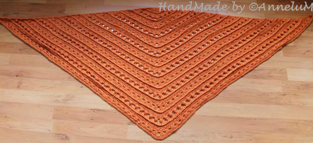 Tuch Coron Handmade by AnneluM