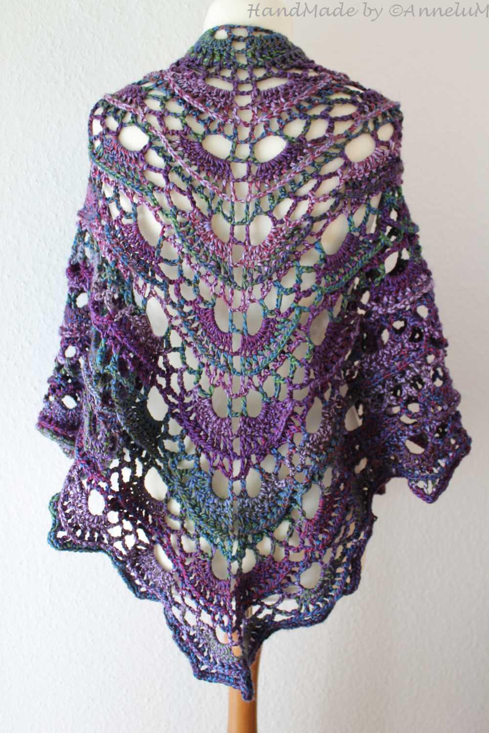 Summer Morning Shawl Handmade by AnneluM