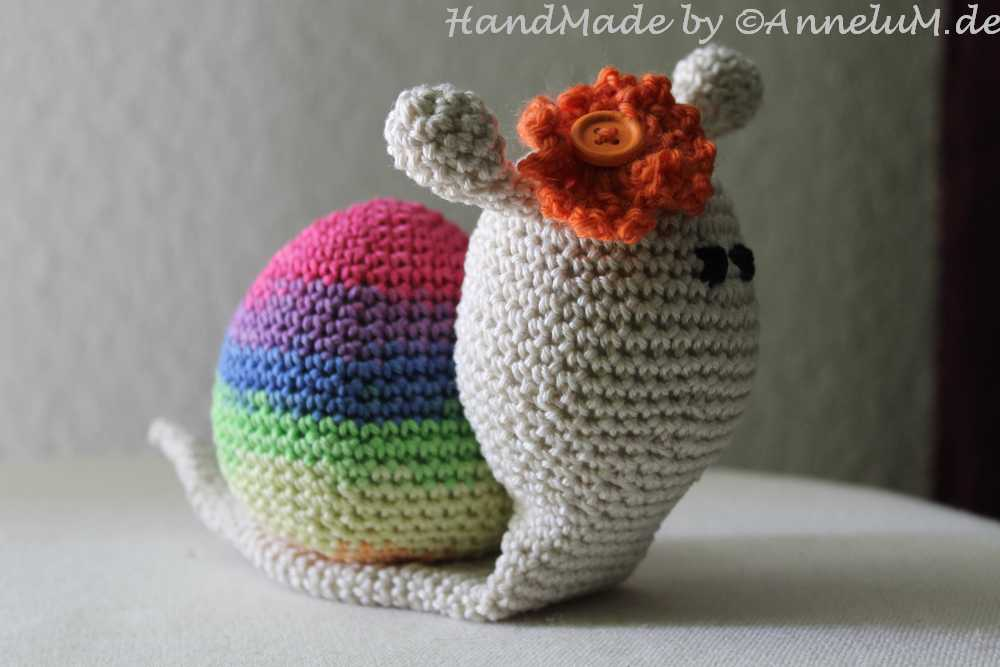 Lady snail amigurumi pattern - Amigurumi Today | 667x1000
