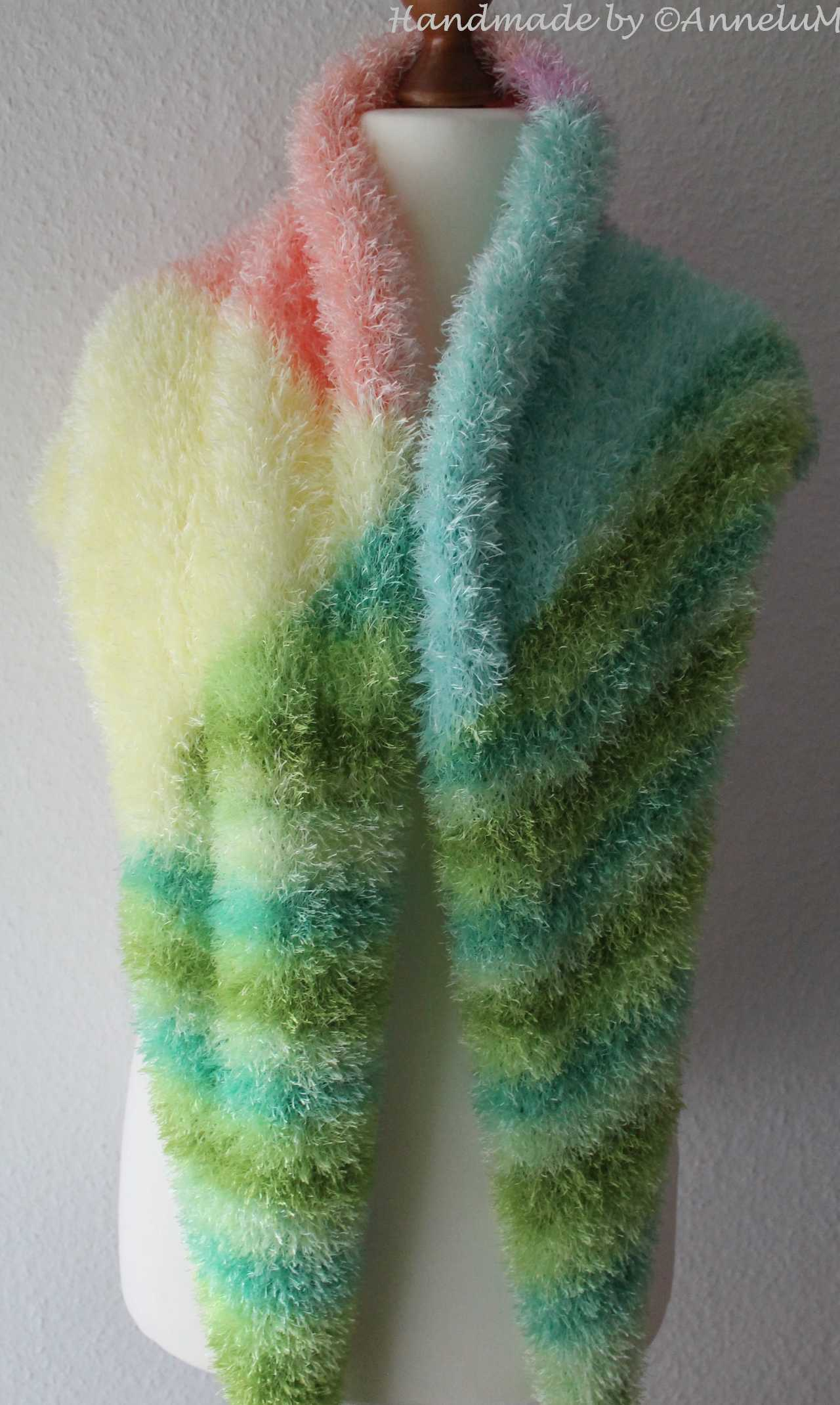 Flauschiges Stricktuch Handmade by AnneluM