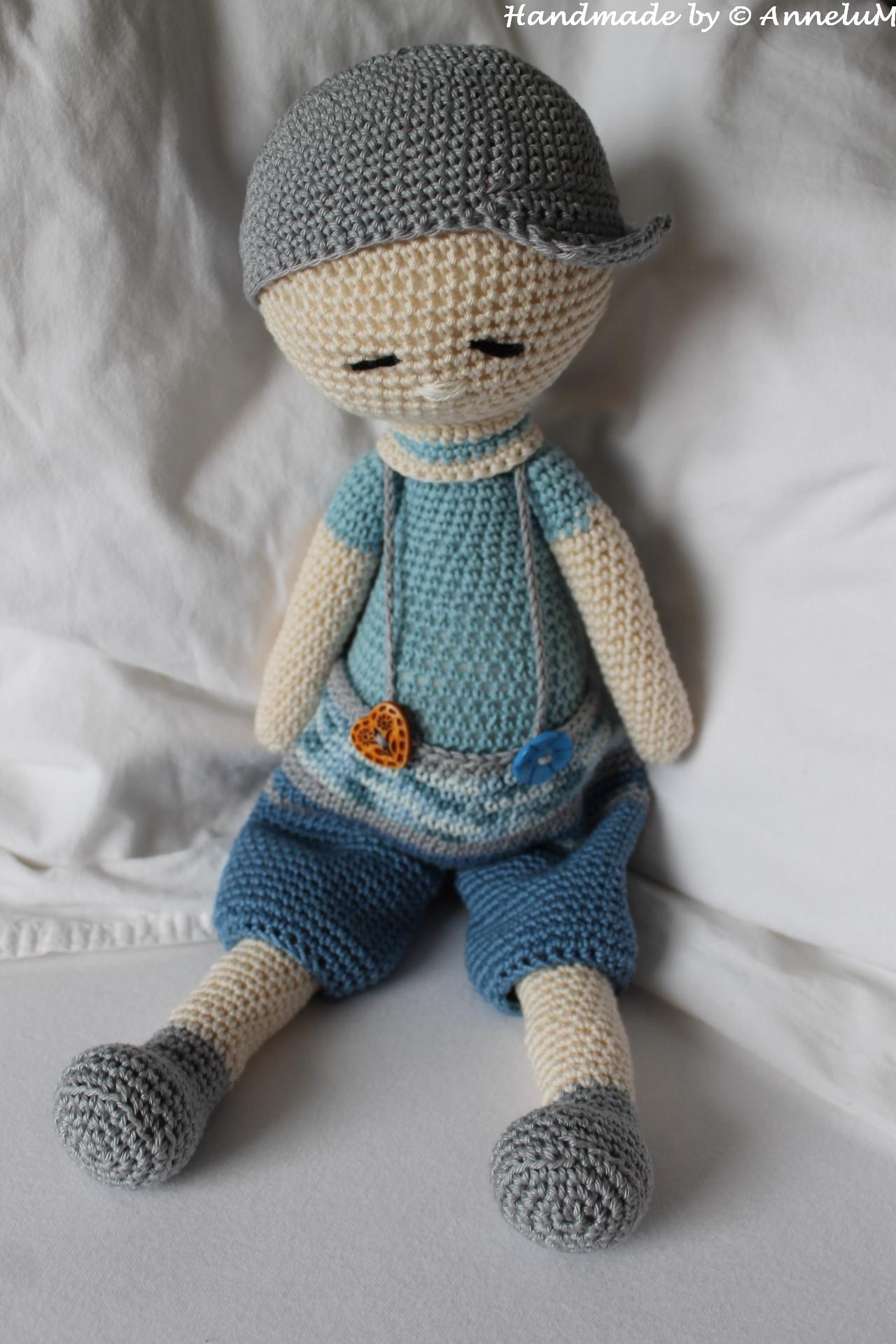 Elliot - Die Puppe