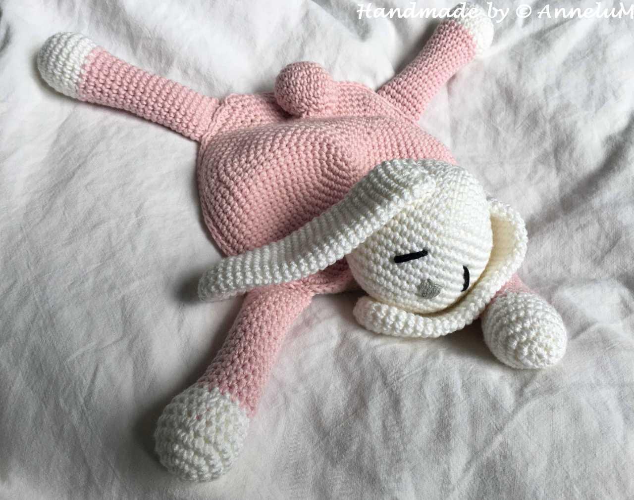 Kaninchen-Schmusedecke Handmade by AnneluM