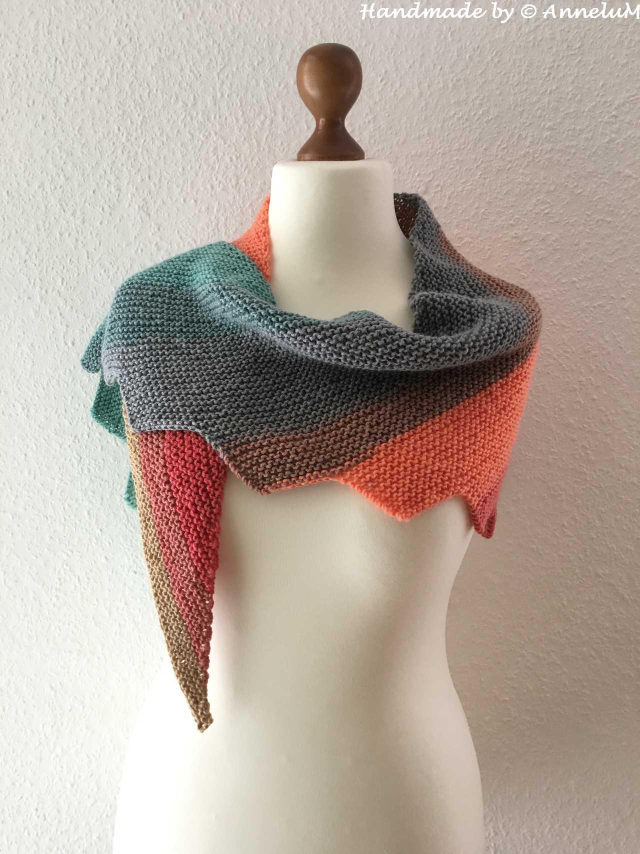 Triangle Shawl Handmade by AnneluM